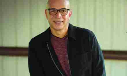 """Wilfredo Serrano presentó el sencillo """"Mientras espero en ti"""""""