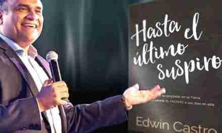 """Edwin Castro presenta su libro  """"Hasta el último suspiro"""""""