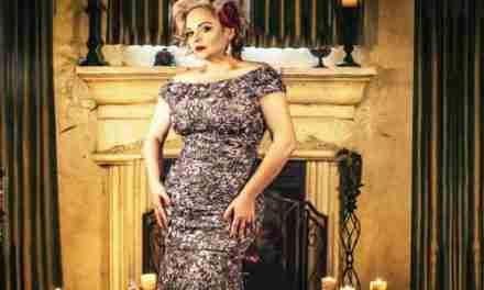 """Karina Moreno estrena el videoclip """"Ella"""" ft. Alex Campos"""