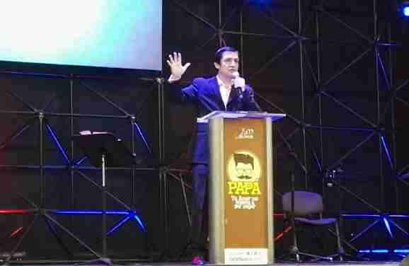 Pastor Cesar Fajardo nos invita a mantenernos conectados con Dios